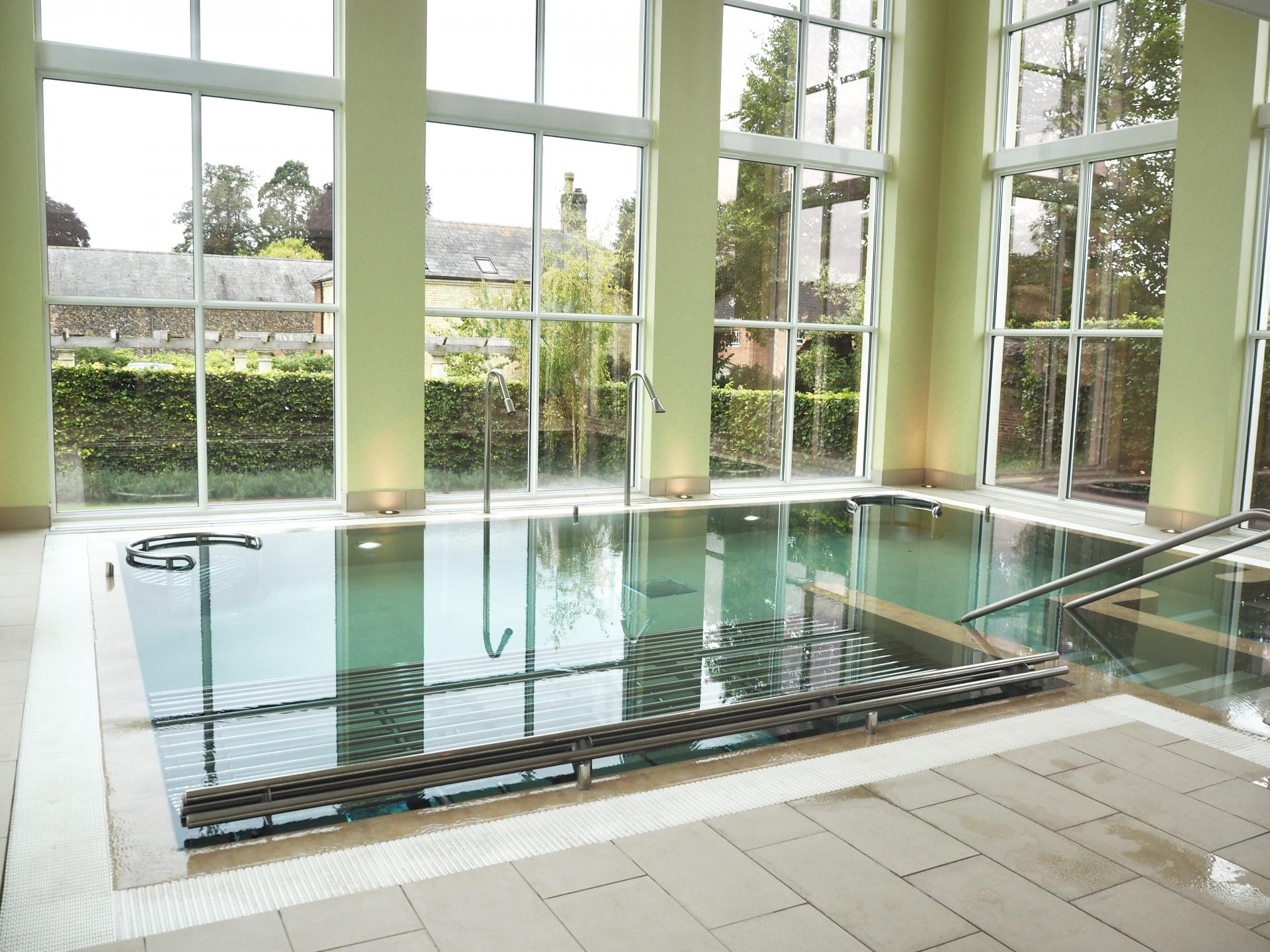 bedford lodge spa pool